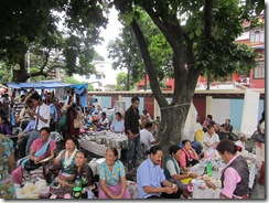 120905 Kilaya Puja merchants